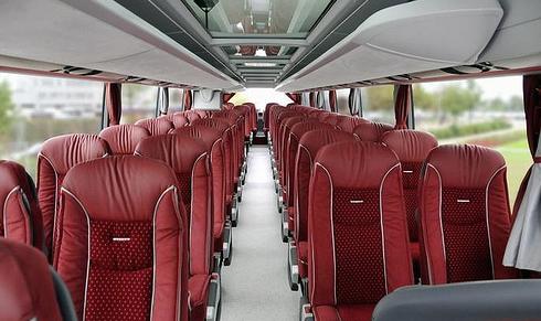 Location de bus minibus à Nice: location journée, mi-journée, soirée