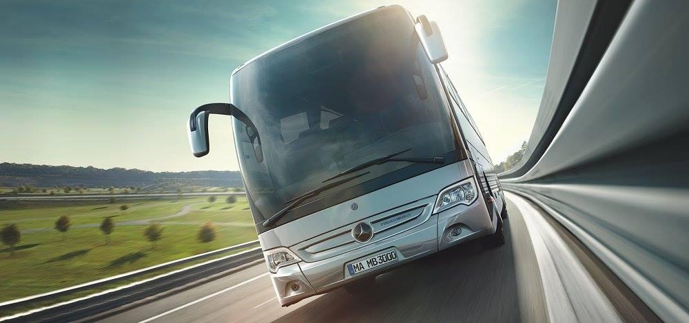 Louer bus privé Villa Schiffanoia à Villefranche-Sur-Mer : minivan, minibus, bus privé avec chauffeur pour un événement réussi